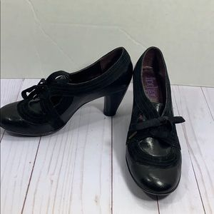 Indigo Clark's leather vintage style ribbon pumps